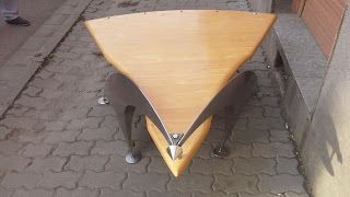 arad pro art: Scandinavian modernist table