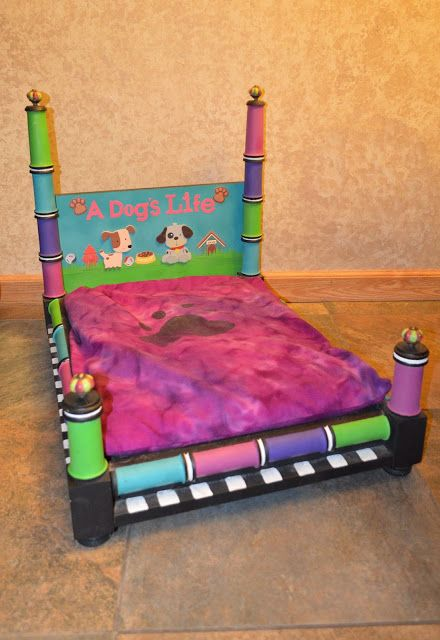 Darlene's Recycled Creations: Bright Pink Dog Bed