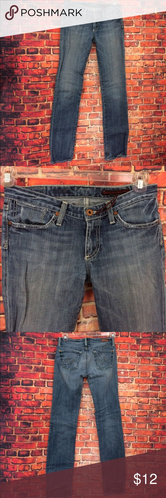 AG Adriano Goldschmied Light Wash Jeans 👖 28Rx 33 AG Adriano Goldschmied Light Wash Jeans 👖 28Rx 33. Worn many times with wear on back tag and leg bottoms. AG Adriano Goldschmied Jeans Straight Leg