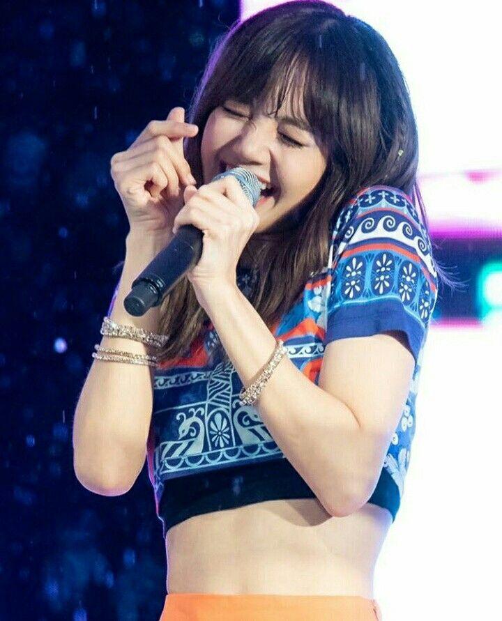 Cute Aegyo Lisa Blackpink Gadis Korea