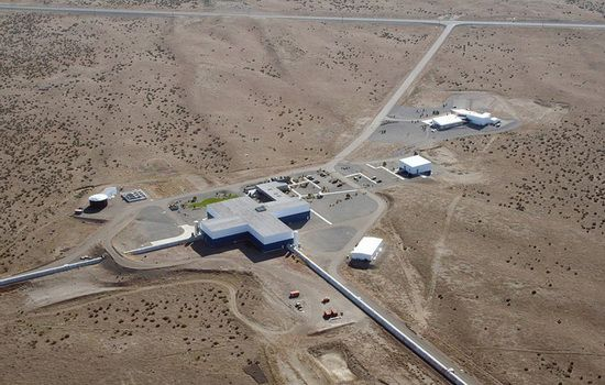 LIGO Gelombang Gravitasi Lubang Hitam @Penelitian