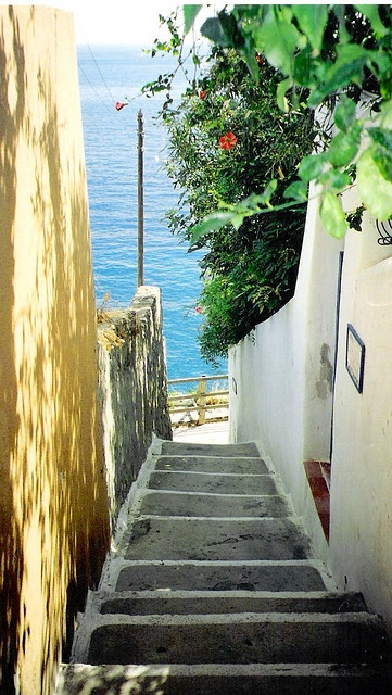 Another stop for the Corinna B's World Glam Italia 2014 tour: Lipari - Isole Eolie, Sicily - Italy by FedeSK8, via Flickr