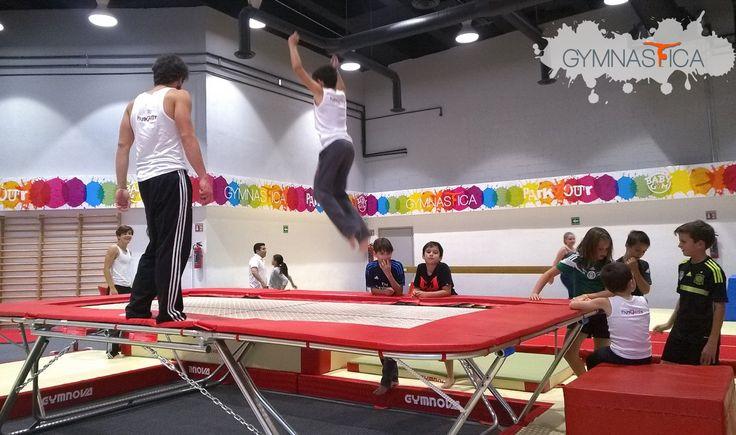 En #Parkour también #AprendoaVolar :D  Recuerda inscribir a tus hijos al Curso de Verano de #gimnasia y #parkour, pide informes a: 9688 9113 y 9131 6203 | info@gymnastica.mx