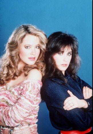 Templeton Sisters - Laura and Jackie (Janine Turner & Demi Moore)