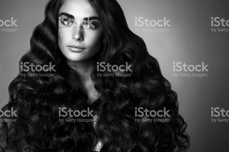 Студия фото молодая Красивая женщина