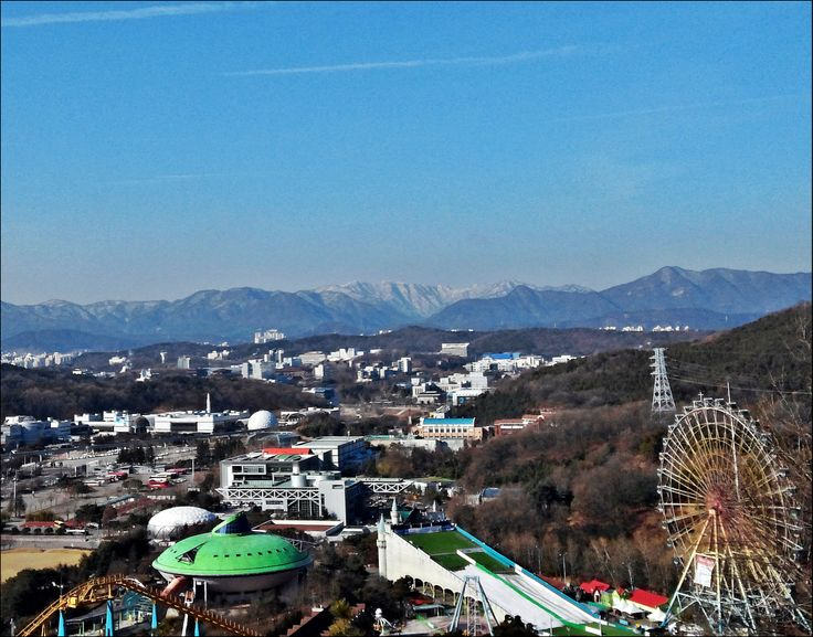 2014. 2/11 우성이산에서 바라본 계룡산. 하얗게 덮인 계룡의 섹시한 위용.