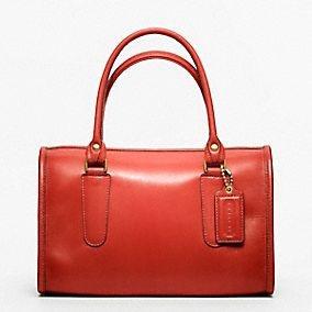 love COACH handbags!Coaches Handbags, Classic Leather, Style, Designer Handbags, Design Handbags, Madison Satchel, Purses, Leather Madison, Coaches Classic