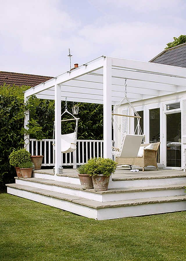 Pergola w/ swing chairs