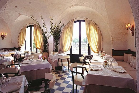 Local Hideaways: Masseria Torre Maizza, Puglia - Italy www.localhideaways.com
