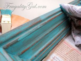 DIY Distressed Frame Tutorial | to share on http://www.frugalitygal.com/2013/06/diy-distressed-frame-tutorial.html