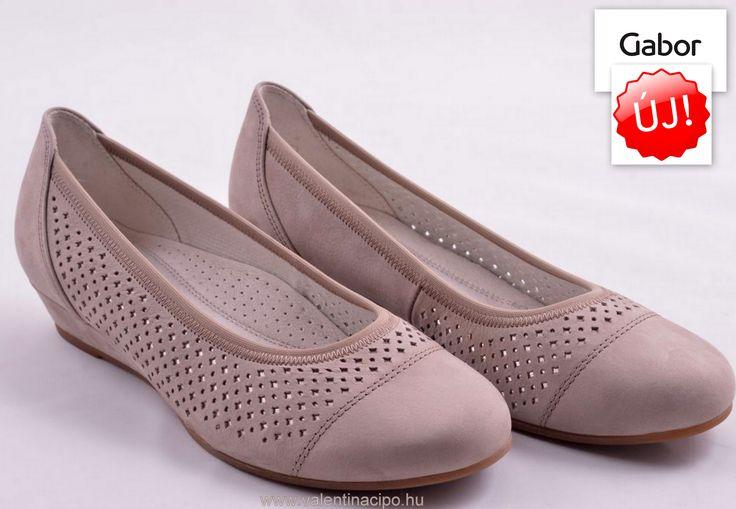 Egy újabb tökéles Gabor lábbeli. A német Gabor márka, több mint 60 éves tapasztalattal rendelkezik a női divatcipők gyártásában, így a minőség garantált!    http://valentinacipo.hu/42-695-33   #gabor #gabor_webshop #alkalmi_cipo #alkalmi_cipobolt