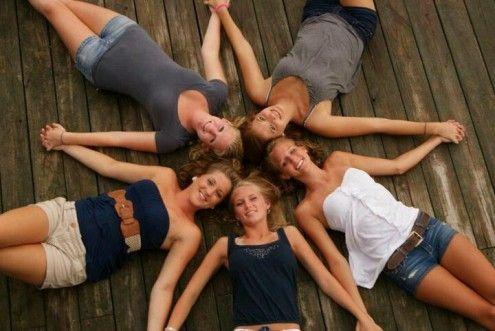 Estas son las 19 fotos que TIENES que tomarte con tus amigas para recordar en el futuro - Imagen 14