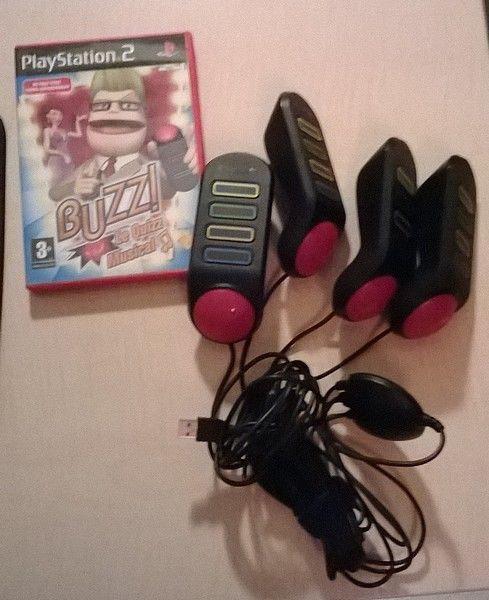 Lot pour PLAYSTATION - PS2 - 4 BUZZERS + jeu BUZZ - le Quizz Musical