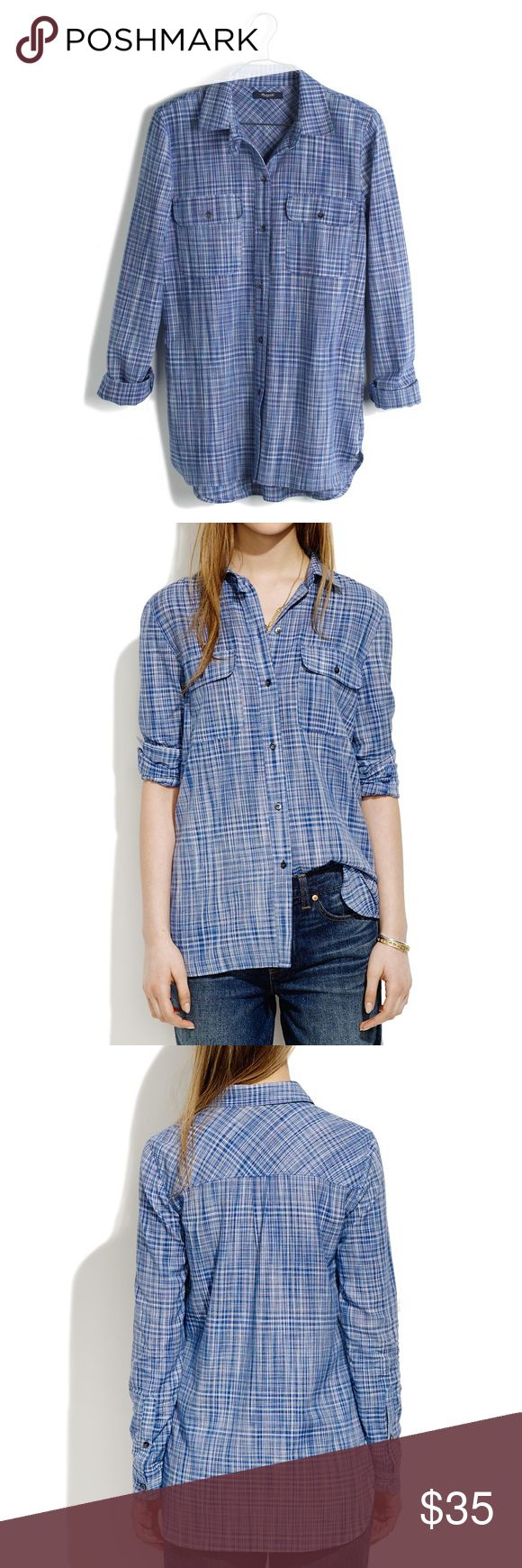 Madewell Ex-Boyfriend Shirt in Indigo Weave Hardly worn shirt by Madewell. Slightly oversized (go ahead and roll the sleeves) in shades of summery indigo.  Boyfriend fit. Cotton. Dry clean. Import. Item A5619. Size XS Madewell Tops Button Down Shirts