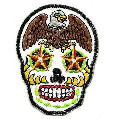 best 25 calavera tattoo ideas on pinterest candy skulls skull candy tattoo and mexican skull art. Black Bedroom Furniture Sets. Home Design Ideas