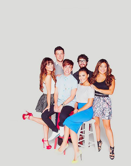 Glee cast. All so cute <3