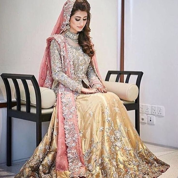 A big shoutout to @nidaazweratelier  Free shoutouts for all models fashion icons and makeup artists.  DM us for promotions & shoutouts.  Double tap and like @dulhaanddulhan_ #marriage #photography #lifestyle #groom #dresses #style #shadi #dulha #dulhan #dulhanwear #mua #makeup #shoutouts #promotions #Fashionblogger #photography #pakistaniBride #pakistaniWedding #pakistanifashion #weddingphotography