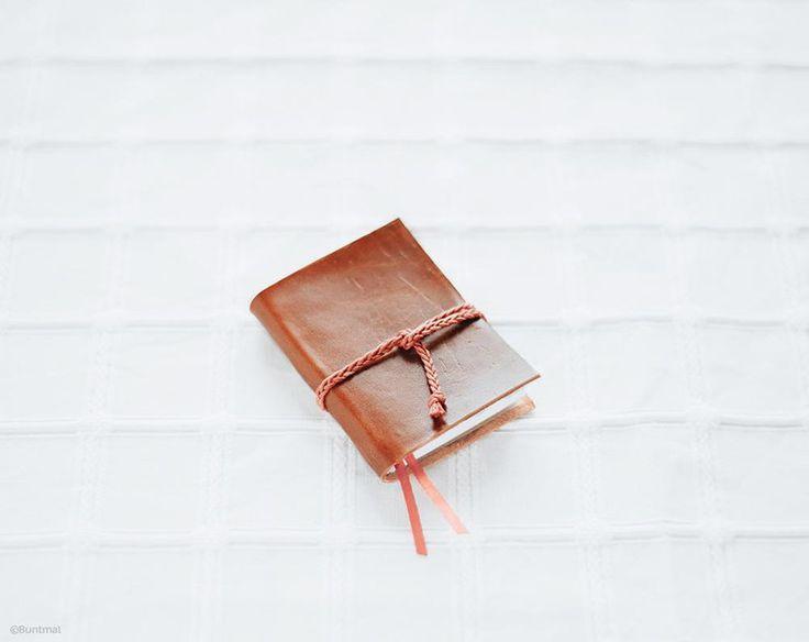 die besten 25 ideen zu leder notizbuch auf pinterest moleskine ledertagebuch und leder. Black Bedroom Furniture Sets. Home Design Ideas