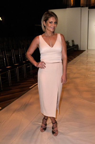 Candace Cameron Bure Photos Photos - Candace Cameron Bure attends the Sherri Hill fashion show during New York Fashion Week at Gotham Hall on September 12, 2016 in New York City. - Sherri Hill - Front Row - September 2016 - New York Fashion Week: The Shows