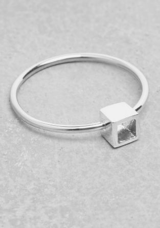 & OTHER STORIES This delicate ring has a see-through cube head, all with high-shine finish.
