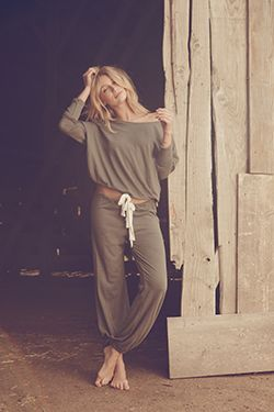 Heather Slouchy Tee & Pant