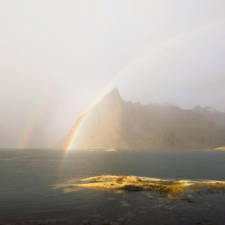 new video !  Our last day in the Lofoten islands started with a rainbow and…