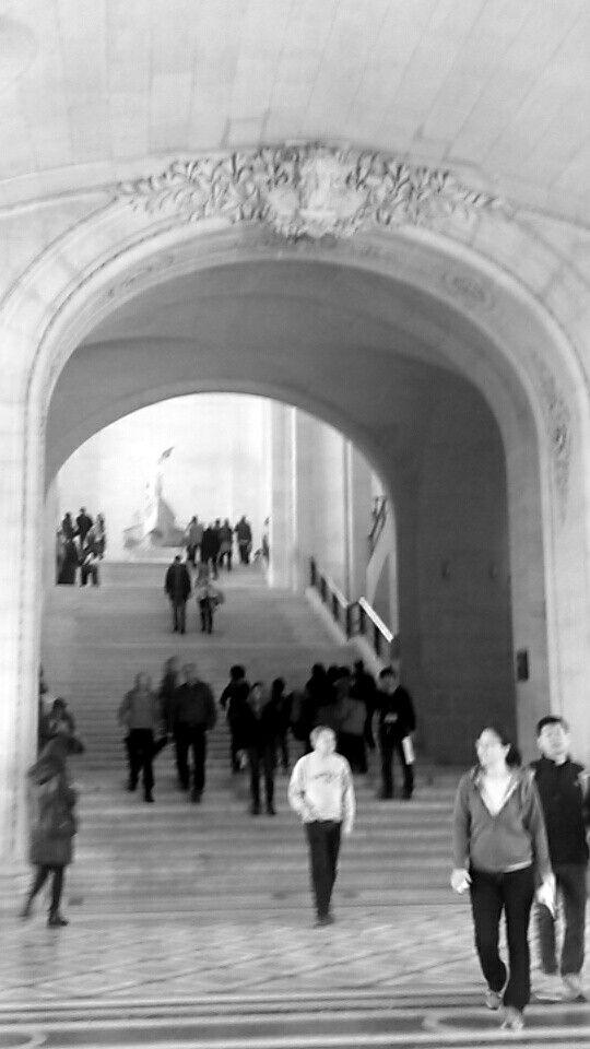Exploring Musée du Louvre