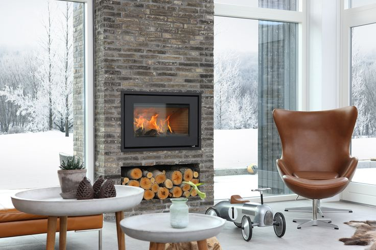 #interiorstyling with #RAIS700 #fireplace. Choose in #white og #black. #Steel #Glass.