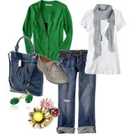 Comfy casual style is the way to go!! <3