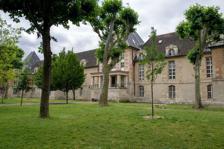 Jardin de l'hôpital Saint-Louis