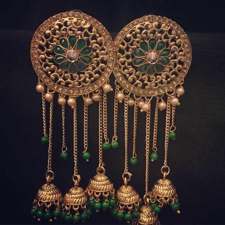 Kama Emerald Earrings new in stock!  Email me or DM me for pricing.  www.SitarebyAasha.com sales@sitarebyaasha.com #Jewelry #Jewellery #Indianwedding #Sikhwedding #Bridaljewelry #BridalJewellery #AsianBride #SitarebyAasha #PakistaniBride #Shaadi #Wedding #Bollywood #Bride #Bridal #WomensFashion #IndianBride #Indian #IndianFashion #Couture #Asianwedding #Accessories #Instadaily #Allthingsbridal #Instafashion #Instaglam #picoftheday #Asian #InstaStyle #beauty #Dressyourface byaasha.com