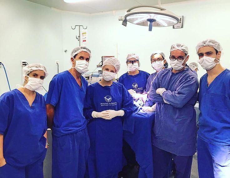 Equipe de Cirurgia BMF do Hospital da Baleia . Este perfil só é possível por causa da contribuição de cada um de vocês. Obrigado @mariquinaud @andre_henrique_almeida @flavinhamilk86 @lucasmarangon @raquelsurette @renatapenteado2 @ricardovmaciel @cristiane_barcelos  Surgery Team OMFS of the Baleia Hospital . This profile is only possible because of the contribution of each of you. Thanks @mariquinaud @andre_henrique_almeida @ flavinhamilk86 @lucasmarangon @raquelsurette @ renatapenteado2…