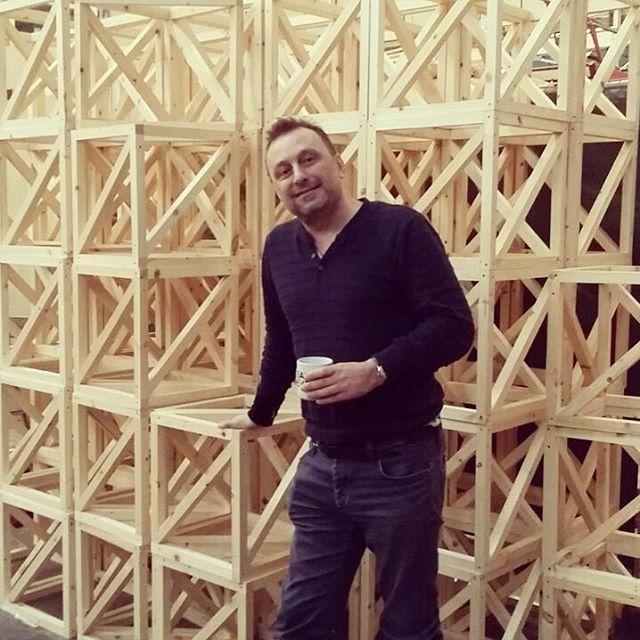 Doing what I do best #drinkingcoffe #coffee  #hitech #startup #digital #analogic #maker #wearebroken #artist  #painter #sculpture #3dprinting #artcall #art #technology #scanandmake #design #artcontest #streetart #graffiti #stencilart #3dprint #3d #3ddruck #3dscan #artista #tecnologia #maggica