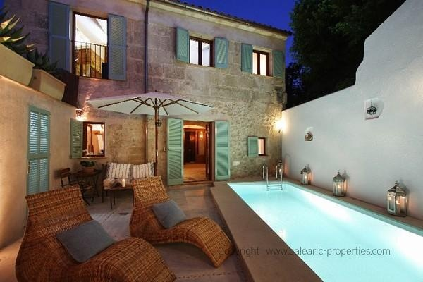 Townhouse in Pollensa - I love it! :o)