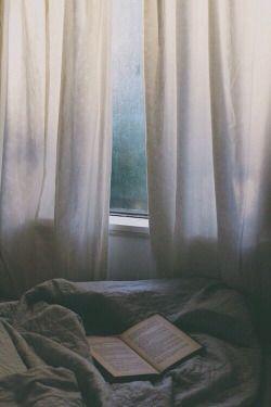 Hard About What Hurts *: Δική μου εποχή! #greek #blog #blogger #writing #bloggingirl #autumn #September #season #hardaboutwhathurts #Σεπτέμβριος #Ελληνικά #εποχές #σκέψεις