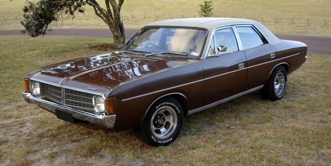 #cars #coches 1973 VJ Valiant Regal
