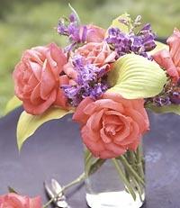 arranging flowers - filler, focal point, accent