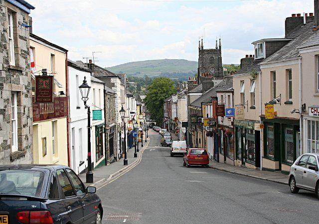Looking down West Street in Tavistock
