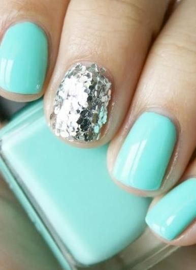 Best 25 tiffany blue nails ideas on pinterest tiffany nails easy glitter manicures to paint before the ball drops prinsesfo Gallery