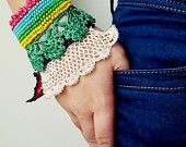 Boncuklu Tığ Manşet - Türk Dantel - Renkli Boncuklu Tığ bilezik ve Çiçek Desenleri - Pamuk İpliği Bilezik - Özel El Yapımı