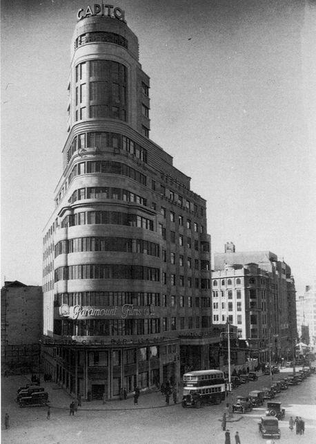 Edificio Capitol, Plaza del Callado, finales años 30  Anónimo. Archivo Ediciones La Librería (Madrid)
