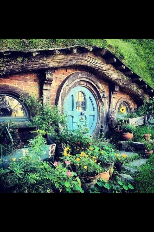 Hobbit Hobbit Hole And Cottages On Pinterest