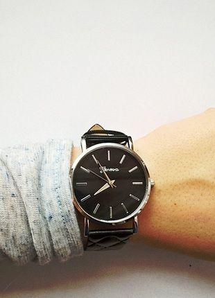 Kup mój przedmiot na #vintedpl http://www.vinted.pl/akcesoria/bizuteria/12639327-zegarek-geneva-pikowany-czarny-nowy-idealny-na-prezent-dzien-kobiet