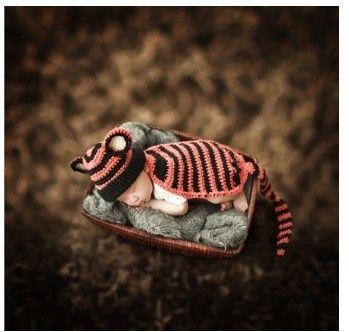 Siamese zwierząt długi ogon paski Zdjęcia Handmade Dziewczyny Fotografia Noworodka Ubrania Dla Dzieci Zestaw Z Dzianiny(China (Mainland))