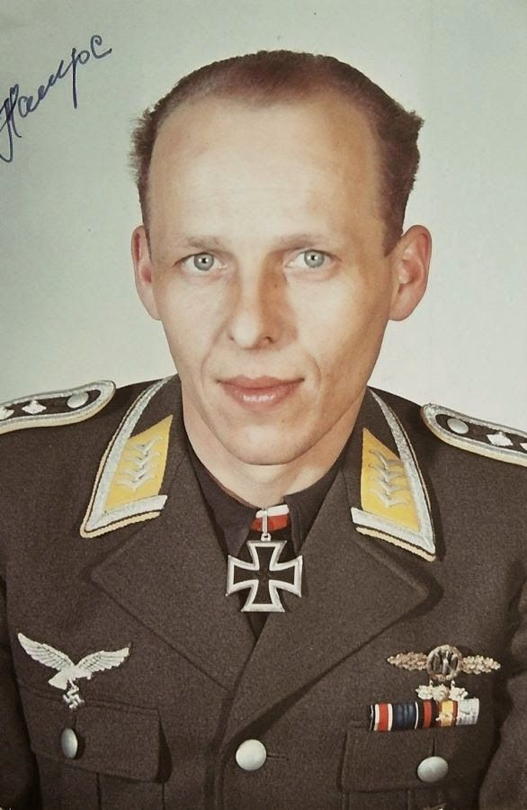 Oberfeldwebel Herbert Hampe (1913-1999) -- RK: 5-4-44 Flugzeugführer II./Kampfgeschwader 3