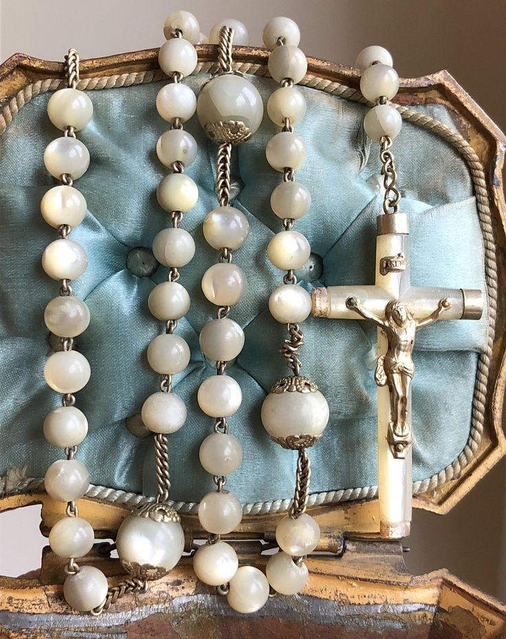 Vintage Rosary Religious First Communion Rosary Mother of Pearl Lamb of God and Jesus Christ Connector Catholic Jewelry