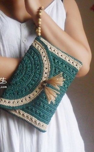 Crochet Handbag: picture tutorial on construction
