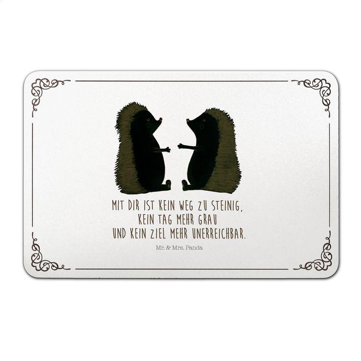 Türschild Igel Liebe aus MDF  Weiß - Das Original von Mr. & Mrs. Panda.  Unser liebevoll handgefertigtes Türschild aus Bambus Coffee wird mit einer besonderen und individuellen Gravur versehen. Alle unsere Bambus Produkte sind 100% vegan, nachhaltig und naturbelassen.    Über unser Motiv Igel Liebe  Das Gefühl verliebt zu sein und seinen Verbündeten gefunden zu haben ist unbezahlbar.  Die verliebten Igelchen überbringen für dich eine ganz besondere Botschaft...    Verwendete Materialien…