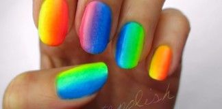 Návod na duhové nehty pouze ze tři barev!