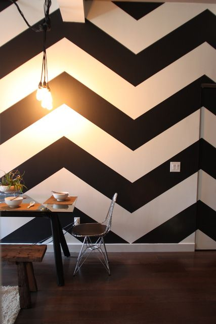 Pattern: Wall Patterns, House Tours, Chevron Walls, Black And White Chevron Wall, Interiors Design, Black White, Chevron Stripes, Male Models, Accent Wall